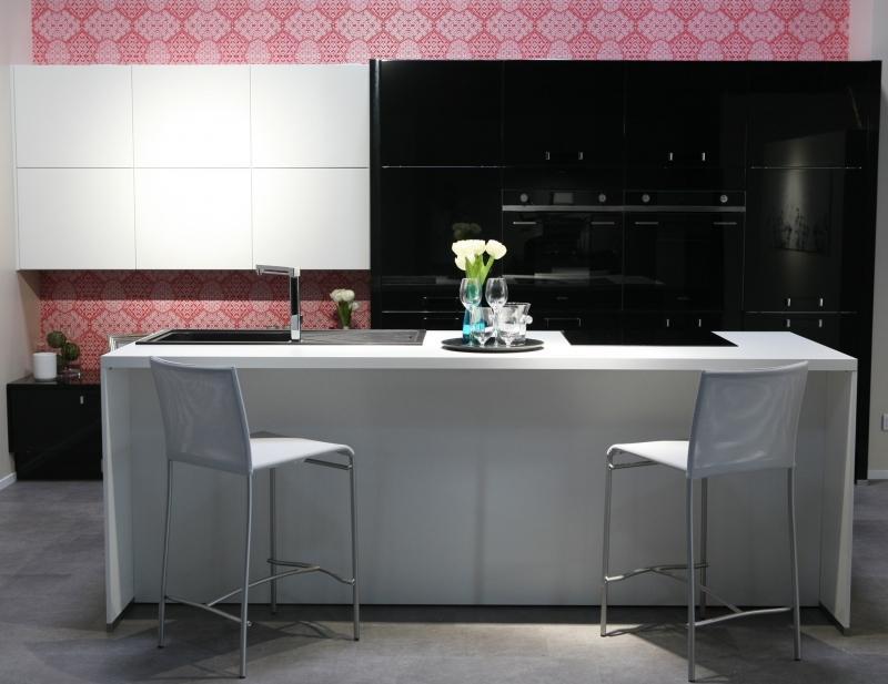 avis aviva cuisine fabulous avis cuisine aviva unique. Black Bedroom Furniture Sets. Home Design Ideas